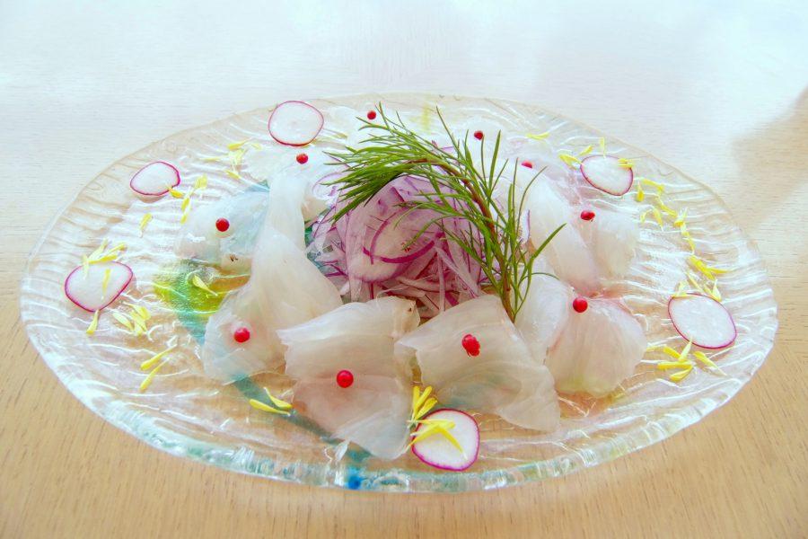 季節のおすすめ ー 近海魚のカルパッチョ ー